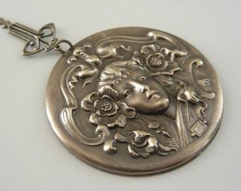 Pendant  ART NOUVEAU Woman Vintage Brass Large for Necklace - Stamping