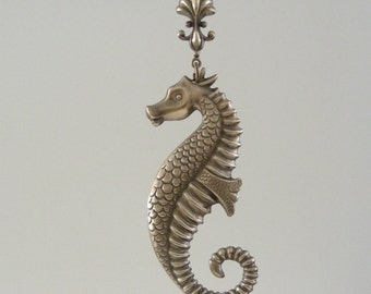 Pendant SEAHORSE and SHELL Vintage Brass Stamping - Large for Necklace - Handmade