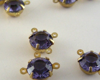Rhinestone Connector - Purple Tanzanite - 3 loops - 4 Pieces - Vintage Rhinestones - Swarovski - 6mm