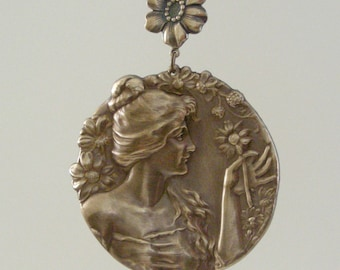 VICTORIAN PENDANT Summer Woman Vintage Brass Large  for necklace - Handmade