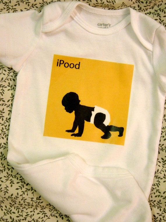 Long-Sleeved iPood Baby Bodysuit (sizes newborn to 24 months)