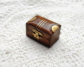 La Bibliothèque en Miniature - Four Tiny Leather Books with Tea Stained Pages & Little Wooden Box