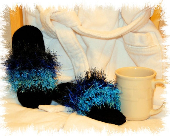 Ready to Ship - Black Slipper / Flip-Flop with Blue Striped Fur Flip-Furs - Size 6