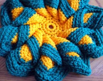 Hot Pad  - trivet crocheted in Orange and Green (11 inch diameter)