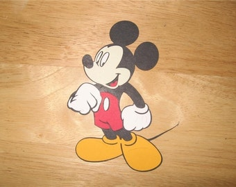 mickey mouse diecut-looking left