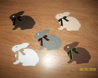 Set of 5 sitting bunnies with wiggle eyes
