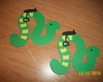 inchworm die cuts- set of 2