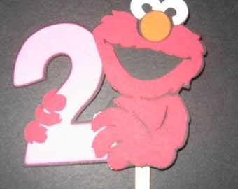 Elmo holding a number 2 cupcake toppers- set of 12