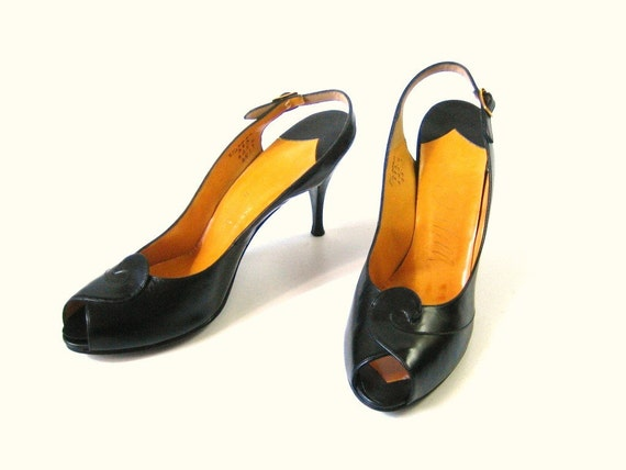 vintage 1950s Black  High Heel Shoes /  Leather Peep Toes Size 6.5 / 7