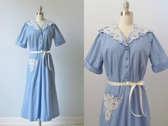 Vintage 1950s Dress /  50s Dress /  Cotton Day Dress / Shawl Collar / Lace Trim / French Country