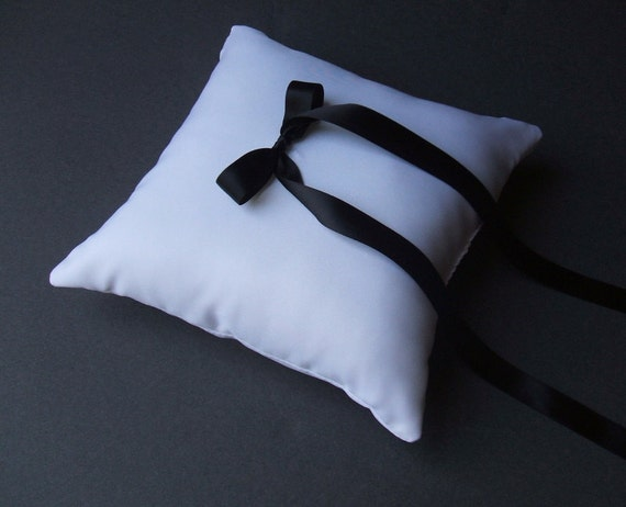 Simple Elegance Ring Bearer Pillow...You Choose Your Colors..Buy One Get One Half Off..shown in white/black