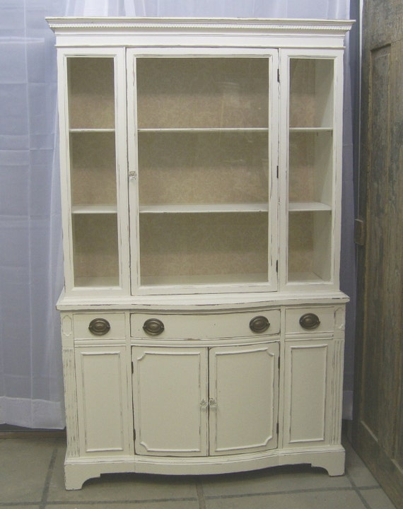 shabby white 1940 39 s china cabinet chic. Black Bedroom Furniture Sets. Home Design Ideas