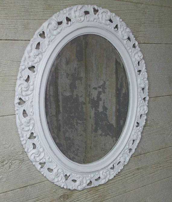 Shabby White Vintage Oval Framed Mirror - Chic MR501