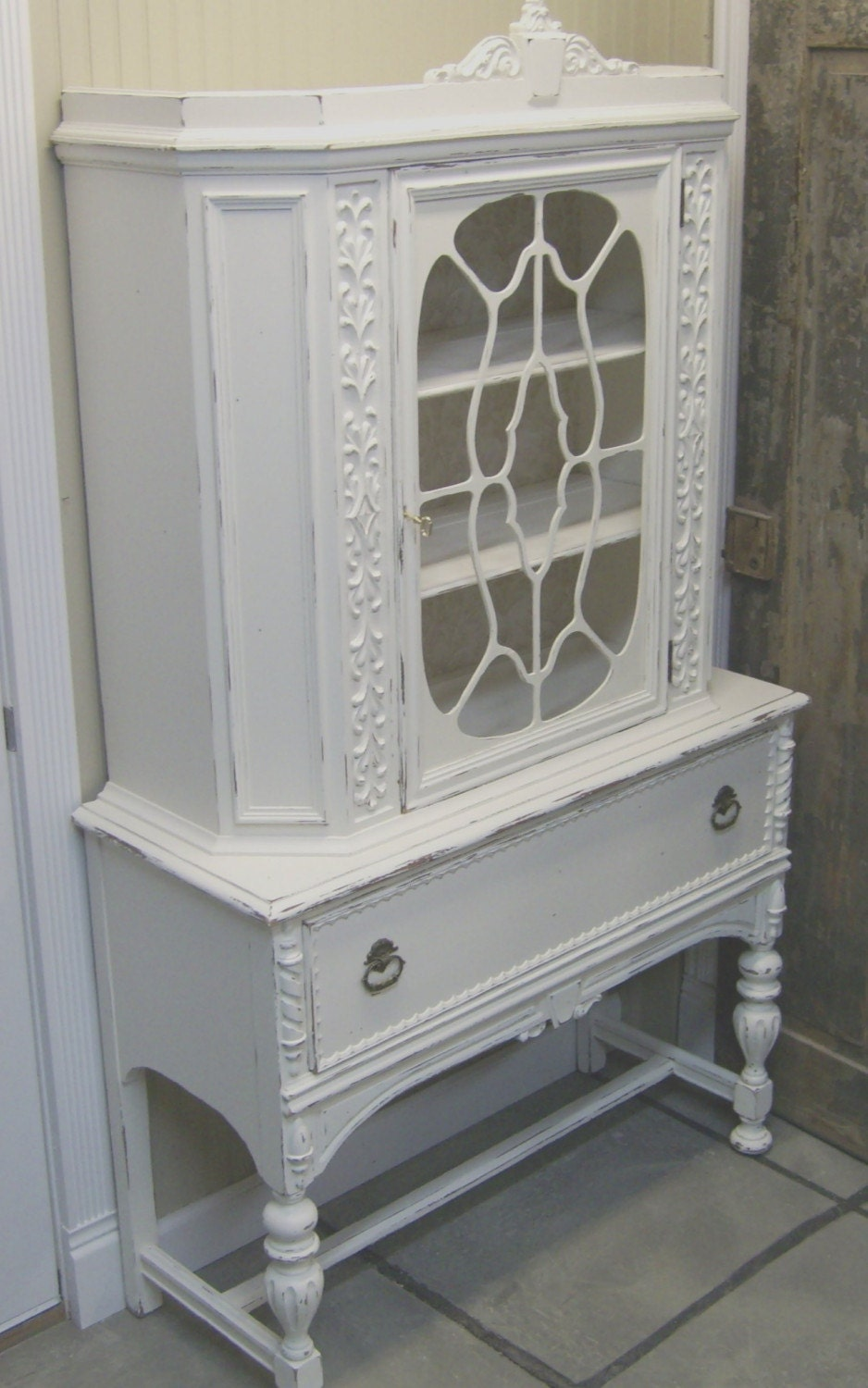 shabby white china cabinet cupboard armoire chic. Black Bedroom Furniture Sets. Home Design Ideas