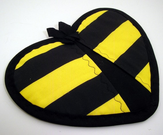 Bumble Bee Potholder