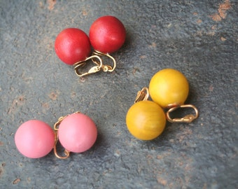 Gum Ball CANDY Red Yellow Pink Wood Ball Clip On Earrings Set Lot Three Pair