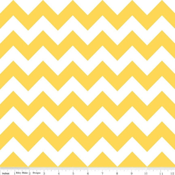 Chevron Stripe in yellow - C320-50 - Riley Blake Designs - 1 Yard