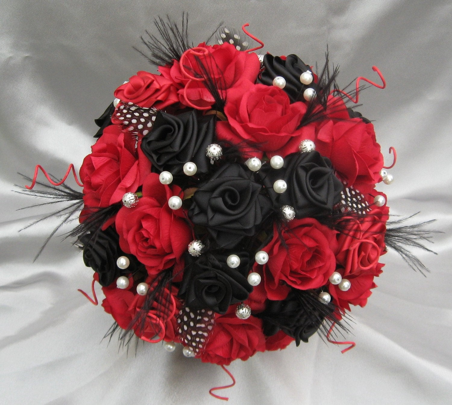 harlequin black red and white luxury bridal bouquet. Black Bedroom Furniture Sets. Home Design Ideas