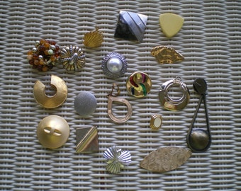 Vintage Gold and Silvertone Parts and Pieces Salvaged Jewelry for Repurpose