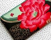 LADY YANG WRISTLET Alexander Henry Oriental Print Detachable Strap Black Deep Pink Tan Mint Green