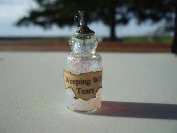 Gothic Witch Wizard Weeping Willow Tears Spell Bottle dollhouse miniature