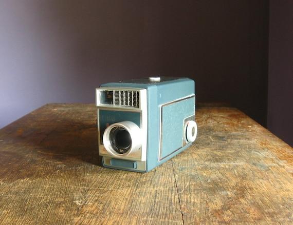 Vintage Kodak Automatic 8 .. 8mm Movie Camera