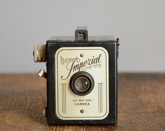 Vintage Camera .. Herco Imperial 620 Snap Shot Camera