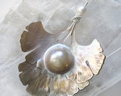 White Long Statement Necklace Carved Mabe Pearl Ginkgo Leaf Sterling Silver - Shinsei