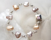 Large Golden Pink Keishi Pearl Bracelet - Natural colors AAA Iridescent - Pétale de Mer