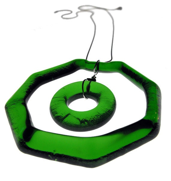 Green Echo - Simply Upcycled Glass Pendant Necklace