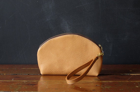 the CRESCENT wristlet. honey-colored eco leather.