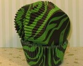 Green and Black Zebra Print Cupcake Liners  (32)