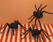 Creepy Super Duper Size Spiders - 4.75 inches  (3)