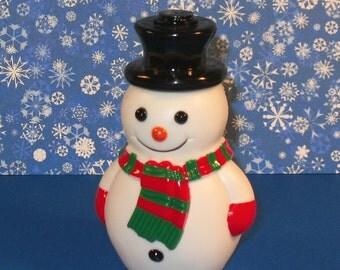 Snowman   (1)  Last One - Read Details Page RE: Paint