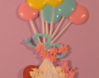 Baby Craddled with Balloons Plaque  (6)