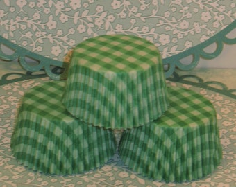 Sweet Green Gingham Checked Cupcake Liners   (Qty 40)