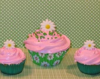Daisy Edible Sugar Toppers  (12)