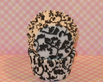 Black and White Ivy Cupcake Liners  (45)