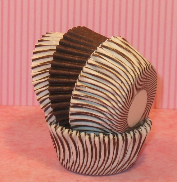 MINI Brown and White Carnival Stripe Cupcake Liners with Brown  (40)