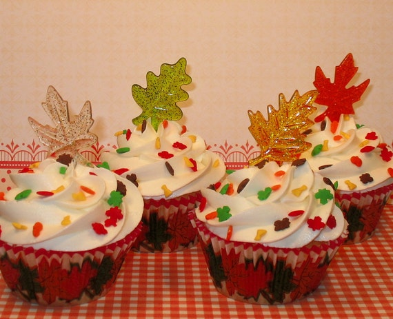 Assorted Glittery Autumn Leaves  (12)