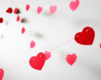 Photo Booth Prop Garland. Photo Prop. Photobooth Garland. Wedding Decor Two Heart Garlands - 20 Feet Total