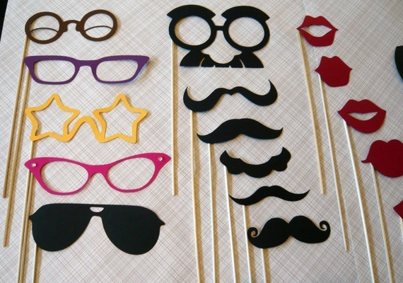 The Ultimate Party on a Stick Kit - Seventeen Photobooth Party Props
