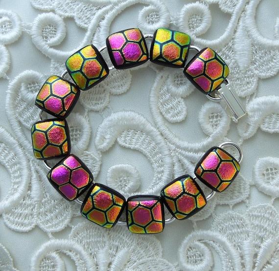 Dichroic Fused Glass Bracelet, Glass Jewelry, Beaded Bracelet, Charm Bracelet, Pink Bracelet X5375