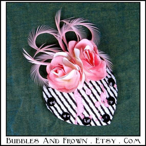 Striped Candy... Fascinator in BxW with Pink Feathers