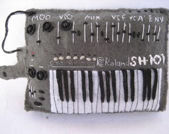 Roland SH101 grey