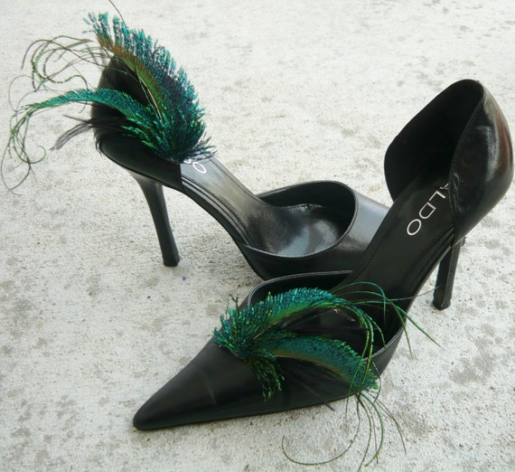 Curled Peacock Feather shoe clips for wedding or special occasion by starzselection