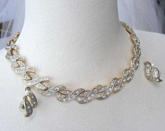 Vintage Pave Rhinestone Necklace Gold Tone 1980s