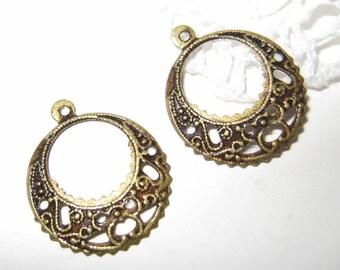10 pcs Vintage brass filigree earring findings / charms  (FD-CH-001)