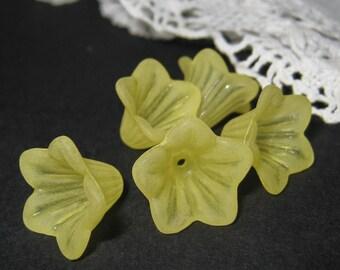 12 pcs 15mm Frosted Petunia flower beads/caps - 12 pcs (FL061-G)