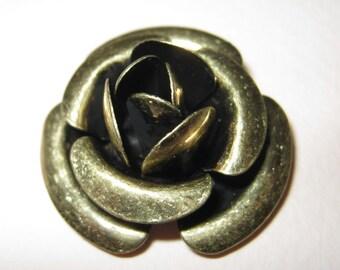2 pcs -Vintage brass rose charm / finding (FIND-116)